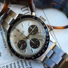 Presentation Piece: Excellent Vintage Rolex 6264. _____________________________________________#rolexdaytona #daytona #vrf #vintagerolex credit @thomas_crownaffair