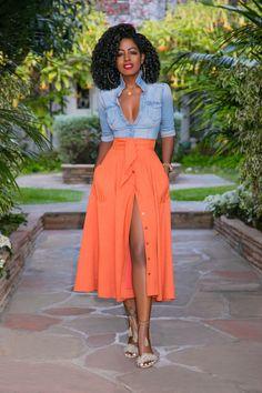 Elegant Shirt Dress Outfit Ideas For Spring And Summer 13 Denim Shirt Outfits, Fitted Denim Shirt, Skirt Outfits, Denim Shirts, Denim Shirt Outfit Summer, Casual Shirts, Denim Jeans, Denim Shirt Style, Denim Shirt Dress