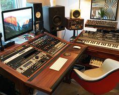 Solid Walnut 20U Producer desk by mixingtable.com