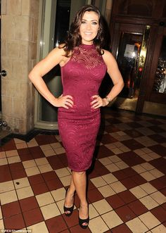 """Corrie's Kym Marsh shows off her sizzling figure and THAT """"Rear of the Year"""" Curvy Women Outfits, Clothes For Women, Tight Dresses, Sexy Dresses, Kym Marsh, Hot Country Girls, Party Mode, Going Out Outfits, Great Legs"""