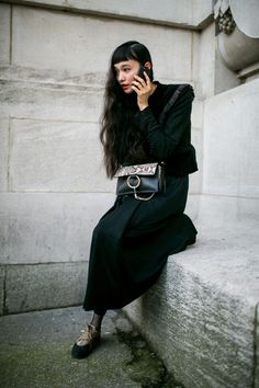 WWD went off the runways and onto the streets and sidewalks for the best looks from Paris Fashion Week Paris Fashion, Fashion Photo, Autumn Fashion, Street Fashion, Simply Fashion, Street Style 2017, Beautiful Outfits, Female Models, Fashion News
