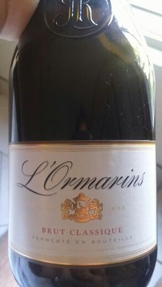 L'Ormarins Brut Classique MCC Sparkling Wine by Anthonij Rupert Wyne 92 Points Sommelier Miguel Chan #southafrica #wine #mcc #miguelchan