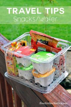 Traveling with kids is made easier when they are fed and hydrated. Check out these traveling tips (list and how to) for your summer travel road trip. trip snacks, Travel Tips - Snacks and Water Road Trip With Kids, Family Road Trips, Travel With Kids, Family Travel, Family Vacations, Snacks Road Trip, Travel Snacks, Car Snacks, Snacks Ideas