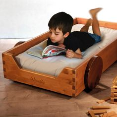 Wooden bed for kids made in Italy #KidsWoodLove