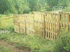 how to build a wooden pallet fence