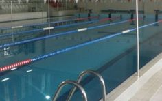 İstanbul Gençlik ve Spor İl Müdürlüğünce işletilen Burhan Felek Yüzme Havuzu yarı olimpik standartlarındadır. (12,5 metre en ve 25 metre boy). 5 kulvarın yer aldığı Burhan Felek Yüzme havuzunda, yüzme kurslarını izleyebildiğiniz 500 seyirci kapasiteli bir tribün de yer almaktadır.