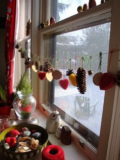 Window decorations for the fall/winter to bring a little outside inside!