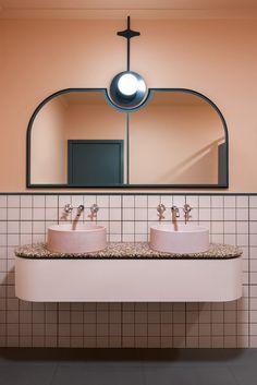 pink bathroom with pink terrazzo countertop Bathroom Interior Design, Modern Interior Design, Interior Decorating, Bathroom Designs, Decorating Ideas, Modern Interiors, Bathroom Ideas, Bathroom Remodeling, Art Deco Interiors