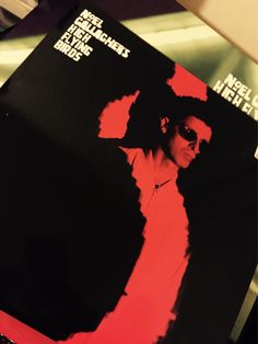 A big day for #noelgallagher fans  Ltd one sided numbered 10inch single released exclusively at #hmv