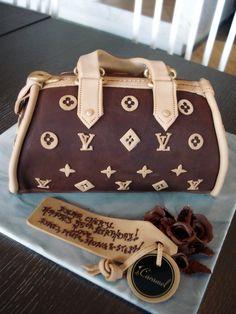 1df2acff505 45 Best Purse Cake's images | Gucci bags, Gucci handbags, Gucci purses