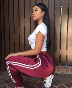 Find images and videos about girl, style and outfit on We Heart It - the app to get lost in what you love. Sporty Outfits, Summer Outfits, Girl Outfits, Fashion Outfits, Chic Outfits, Fashion Killa, Look Fashion, Teen Fashion, Feminine Fashion