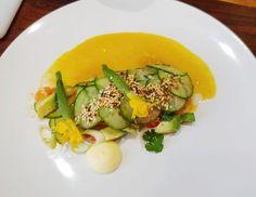 Ramon Gouws - Salm, Avocado en Komkommer Taco - GROOTfm 90.5 Avocado Egg, Zucchini, Tacos, Vegetables, Breakfast, Food, Summer Squash, Meal, Eten