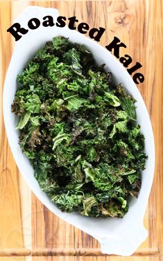 Garlic Roasted Kale © Jeanette's Healthy Living #vegan #vegetarian #glutenfree