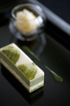 green tea cake.