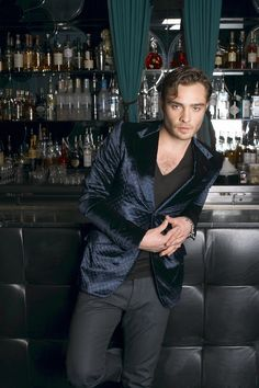 Matt Sky had a sexy crazy thing going on. Ed Westwick could pull that off #nightowl #M.Pierce