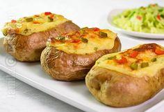 Cartofi umpluti la cuptor – reteta video via @JamilaCuisine Potato Recipes, Veggie Recipes, Baby Food Recipes, Cooking Recipes, Vegan Vegetarian, Vegetarian Recipes, Healthy Recipes, Romanian Food, Health Diet