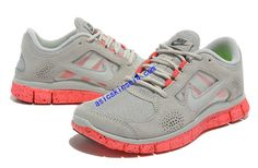 new product 906ac b8012 Hot Punch Nikes Neon Pink Free Run 3 Suede Wolf Grey Neon Pink