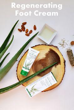 Hypoalergiczny, regenerujący krem do stóp, zawierający tylko naturalne składniki, przeznaczony jest do codziennej pielęgnacji suchej i zniszczonej skóry.  Polskie kosmetyki Sylveco dostepne w UK w sklepie www.natureco-shop.com