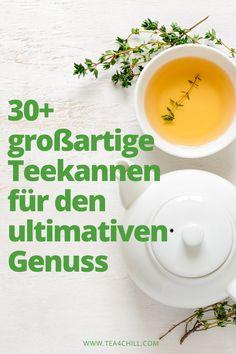 """Hochwertige Teekannen aus Glas, Keramik oder Gusseisen für den ultimativen Teegenuss. Wer gerne guten Tee trinkt und die damit verbundenen einzigartigen """"Wohlfühlmomente"""" zu schätzen weiß, der legt zumeist auch großen Wert darauf, dass dieser ansprechend präsentiert und in schönem Geschirr serviert wird. #teeliebhaber #teezeit Tee Set, Tableware, Kitchen, Vegetarian Recipes, Healthy Recipes, How To Make Tea, Tea Pots, Drinking Tea, Cuppa Tea"""