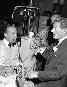 "Bing Crosby en Danny Kaye gedurende het maken van de film ""White Christmas"", 1954."