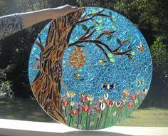 Mosaic table top Mosaic Garden Art, Mosaic Diy, Mosaic Tiles, Stone Mosaic, Mosaic Glass, Stained Glass, Mosaic Designs, Mosaic Patterns, Mosaic Cafe