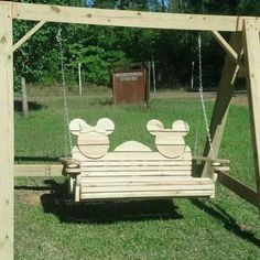 Disney Ideas Mickey and Minnie outdoor swing set.Mickey and Minnie outdoor swing set. Casa Disney, Disney Rooms, Disney Diy, Disney Crafts, Disney Mickey, Disney House, Disney Ideas, Disney Stuff, Mickey Mouse House