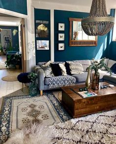 31 Simple Small Living Room Ideas Brimming With Style Blue Living Room Decor, Boho Living Room, Small Living Rooms, Living Spaces, Dark Blue Rooms, Dark Blue Walls, Dark Blue Living Room, Living Tv, Room Colors