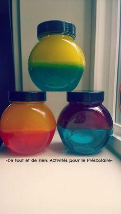 De tout et de rien: Activités pour le Préscolaire: Safe color mixing discovery bottles not using lamp oil - Bouteilles de découverte pour mélanger les couleurs sans danger pour les enfants