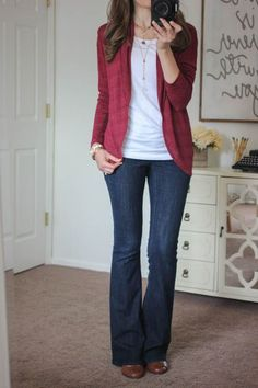 Super cute outfit, totally work-appropriate, though I'd never wear a white shirt.  Malaga Drape Cardigan from Stitch Fix