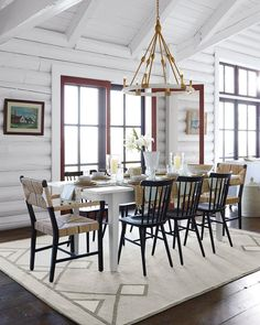 75 Vintage Dining Table Design Ideas DIY – Best Home Decorating Ideas Farmhouse Dining Room Table, Dining Table Design, Dining Room Furniture, Dining Chairs, Lounge Chairs, Room Chairs, Esstisch Design, Traditional Dining Rooms, Modern Traditional