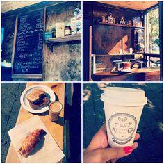 Café Vito | À la mode Montréal  #montreal #coffee #barista Montreal Quebec, Quebec City, Canada Eh, Coffee Culture, Bons Plans, Coffee Shops, Banff, Barista, Offices