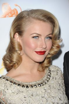 Julianne Hough: If you have a layered bob, you can easily get Julianne's retro set. Side part the hair deep to one side, and use small rollers or pin curls to curl in toward the face.