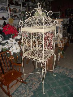 Retro Wanderlust: occasional store for vintage home decor   Antique ...