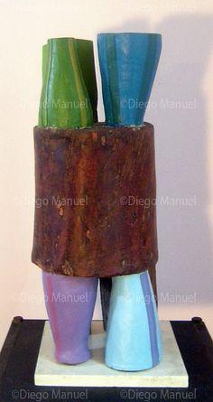 Máquina Escultura abstracta de madera maciza policromada, medidas, 45 x 18 x 18 cm , 2013. 2013 de Diego Manuel
