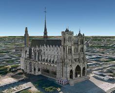 Une construction gothique remarquable, et derrière à gauche, un des tout premier édifice élevé en béton armé, la Tour Perret. L'architecte à sévi à Amiens et aussi au Havre et à Rouen, une autre de ses tours existe à Grenoble. Des deux édifices la cathédrale sera encore debout quand la tour Perret aura été abattue pour cause d'obsolescence de son matériaux de base qui commence déjà à sérieusement se déliter. La Cathédrale se visite aussi en couleurs tout l'été.
