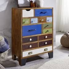 Looking for stylish storage solutions? Browse our range of white bedroom furniture & pine, oak & mirrored chests of drawers. 6 Drawer Chest, Chest Of Drawers, Pine Bedroom Furniture, Shabby, White Bedroom, Dresser As Nightstand, Storage Solutions, Bunt, Design