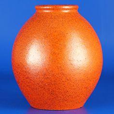 Anna-Lisa Thomson (1940's) Stunning chubby vase