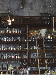 9 Good-Looking Clever Tips: Industrial Furniture Closet industrial landscape plants.Industrial Landscape Plants old industrial door. Pub Design, Back Bar Design, Bar Interior Design, Wine Bar Design, Loft Design, Design Bar Restaurant, Deco Restaurant, Restaurant Signage, Restaurant Interiors