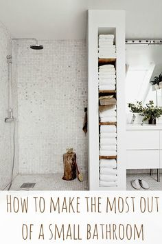 How to make the most of a small bathroom - LOVE the towel shelves!