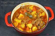 Runderstoof met groente en aardappelen uit de oven // Food & So Much More
