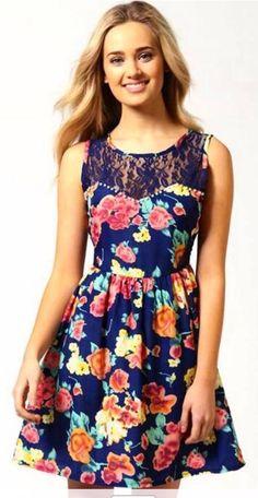 Cute dress! ❤