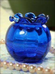 Mini Dark Blue Round Glass Vase with Fluted by TinyandBeautiful