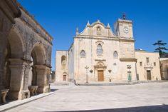 Γνωρίστε τα ελληνικά χωριά της Ιταλίας Notre Dame, Barcelona Cathedral, Building, Travel, Greece, Viajes, Buildings, Destinations, Traveling