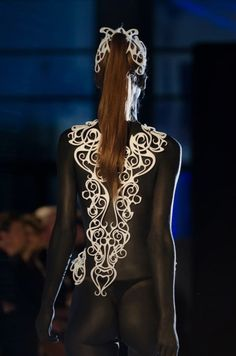 niccolo CASAS: Alchemy is a collection of accessories designed for The World's First Fashion Show with 3D Printed Designs organized by .MGX and Materialise in April 2012.