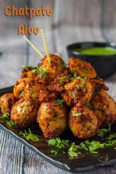 Chatpate Aloo-Chatpata Baby Potato snacks – Kali Mirch – by Smita at its best. the yummy chatpate aloo which is irresistible. Aloo Recipes, Veg Recipes, Indian Food Recipes, Vegetarian Recipes, Snack Recipes, Cooking Recipes, Ethnic Recipes, Recipies, Party Food Ideas Indian