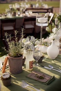 natural herb-infused tablescape  Photography by erinkatephoto.com