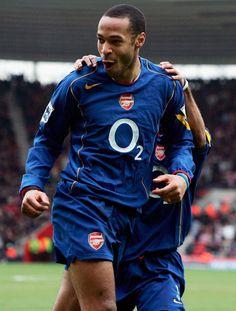 Thierry Henry Scores Goal Premier League season 2004/2005