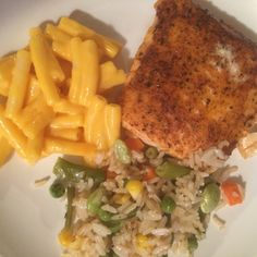 Simple is the word of the evening around here. Salmon, gf Mac and cheese and rice with veggies.