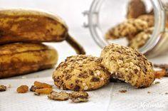 Αφράτα cookies μπανάνας με καρύδα και σταφίδες / Soft banana coconut cookies