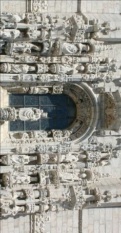 Hieronymuskloster, Belém, Lissabon.  Südportal, Detail des Skulpturenschmucks